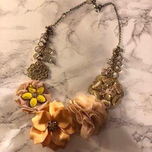 // anthropologie unique floral necklace //